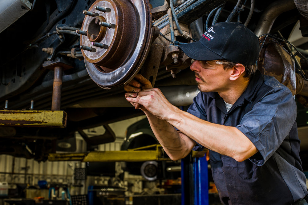 Car Mechanic - Heavy Vehicles (Trucks and Buses)